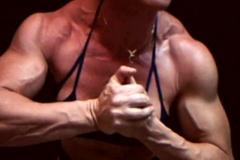 07-muscular-women