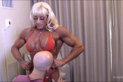 muscle-worship-laura (4)