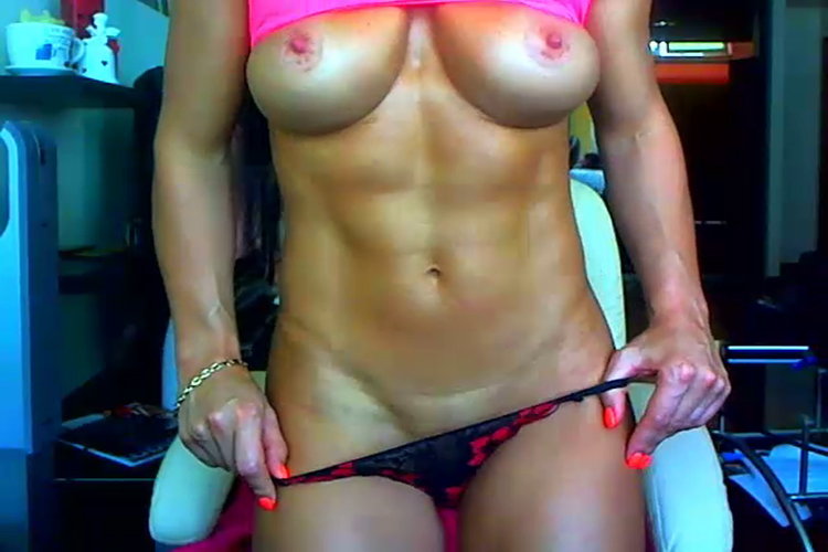 big clit muscle girl webcam