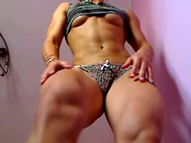 muscle cam girl